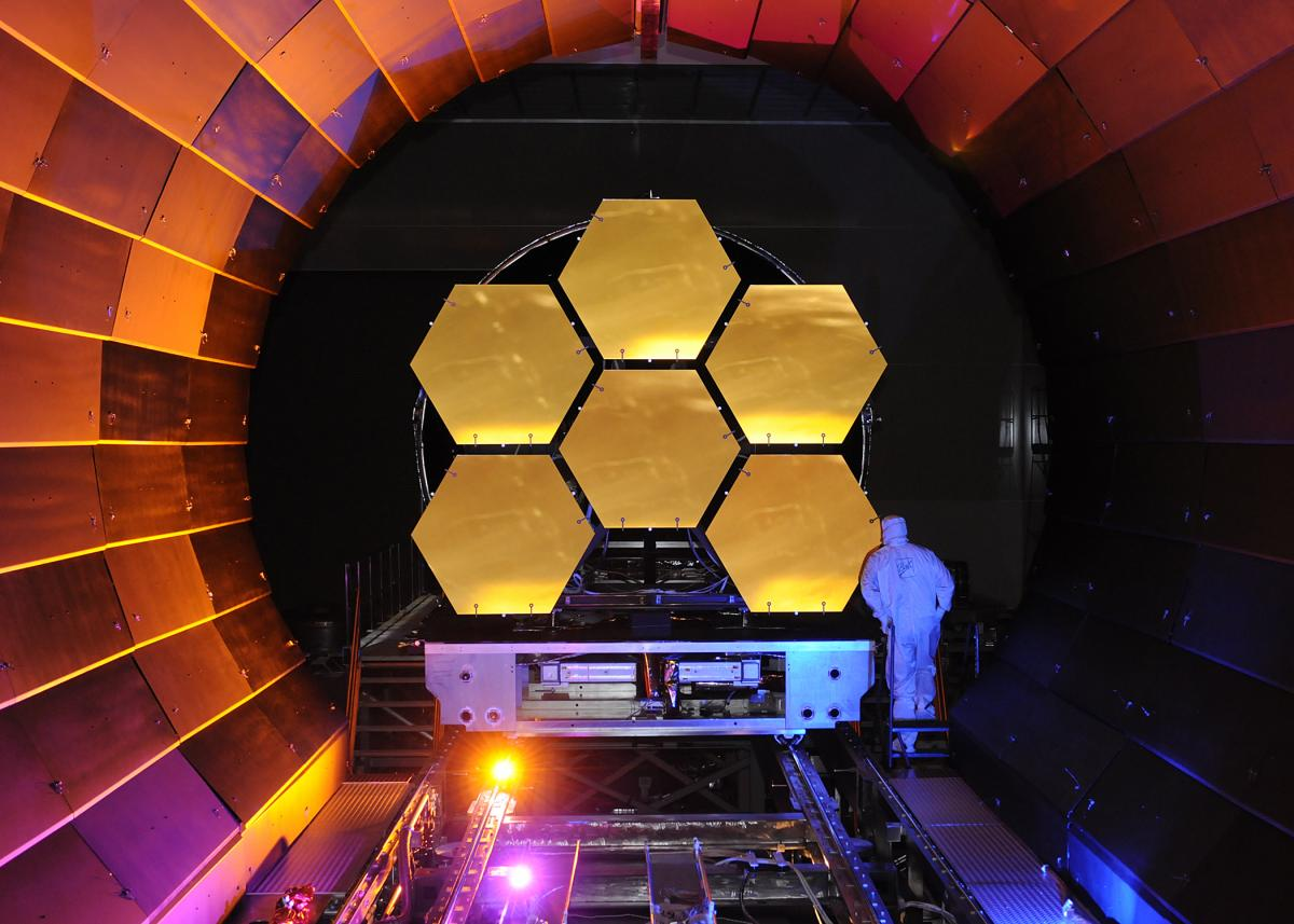 Mirrors for the James Webb Space Telescope undergoing cryogenic (low-temperature) testing