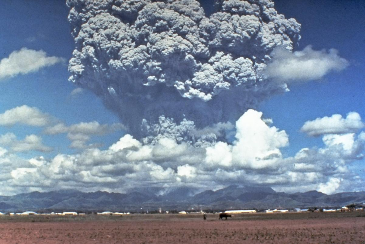 Hot volcanic ash erupting from Mount Pinatubo