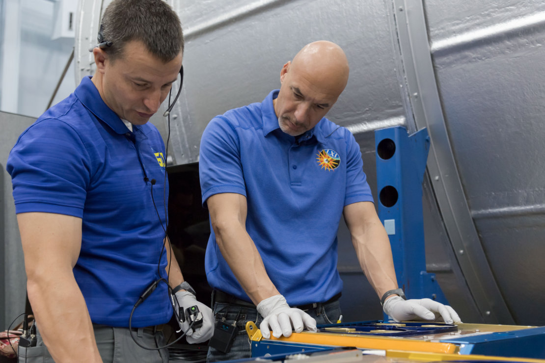 ESA astronaut Luca Parmitano (right) training with NASA astronaut Andrew Morgan in preparation for their upcoming mission to the ISS