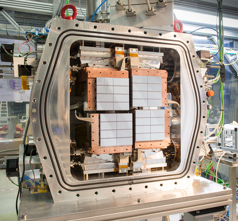 The DSSC detector, a new soft X-ray camera installed at European XFEL